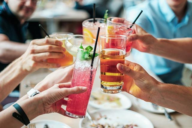 alkoholické koktejly
