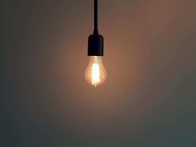 objímka s žárovkou